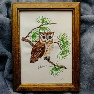 Vintage Framed Needlepoint Owl Wall Hanging l